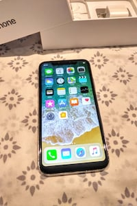 New iPhone X 256GB Space Grey Factory Unlocked Toronto, M4W 2Y9