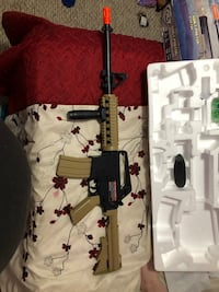 Semi auto and full automatic BB gun Pasadena, 21122