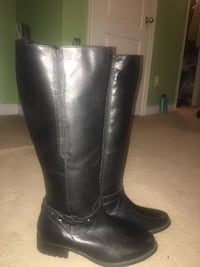 Clarks women's boots like new  Brampton, L6R 0L6