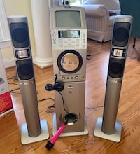 The Singing Machine Karaoke with huge lot of CDs and new microphone