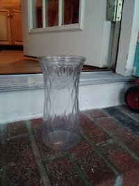 clear cut-glass vase null