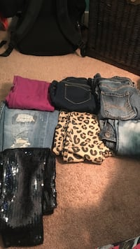Assorted Jeans ! 2$ a piece