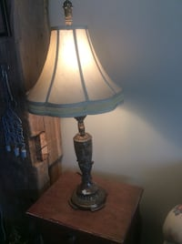 Lovely marble and copper lamp Kitchener, N2M 1L5