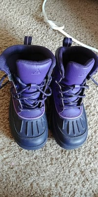 pair of purple-and-black duck boots
