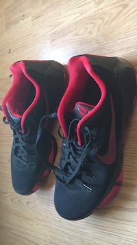 Black-and-red Kobe Bryant basketball shoes
