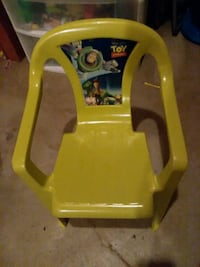 toddler chair lime green plastic  Des Moines, 50320