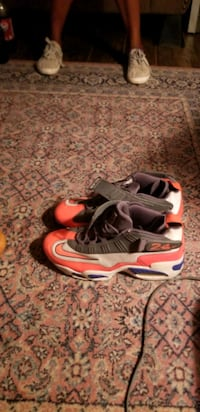2 pairs of basketball shoes and 1 pair of leather  Wichita Falls, 76309
