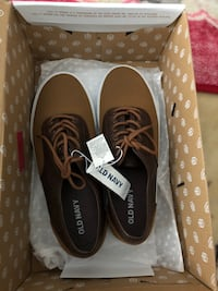 Shoes for men size 8