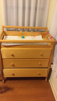 Diaper changer/dresser in good condition. Very few scratches, oak wood. Bottom drawer is off track. Only used it for last grand child   San Antonio, 78260