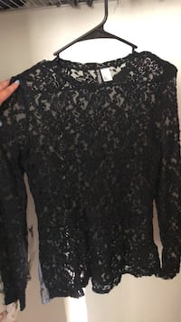 Cute Lace Long Sleeve - size M Miami, 33174