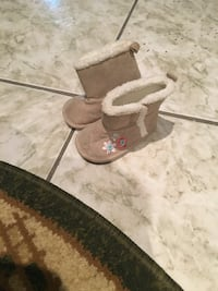 Brand new shoe size up to 3 month   Brampton, L6R 1X1