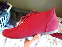Red Suede size 8 Springfield, 65803