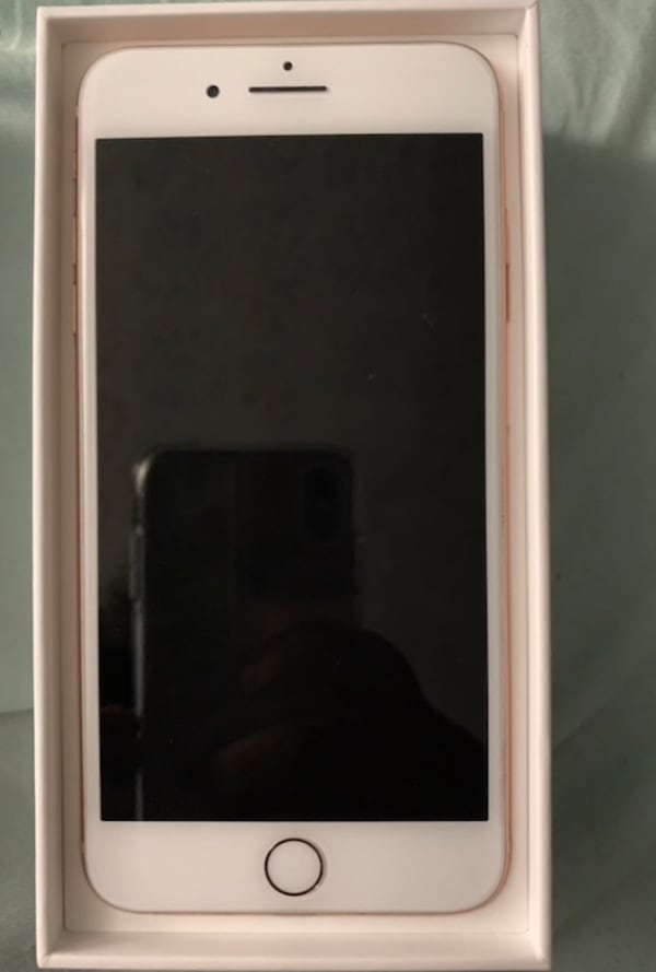 iPhone 8 Plus Rose Gold bcb888c7-897c-42ae-a99f-1f8abf44ce5d
