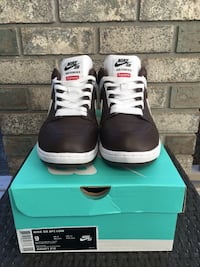 Supreme Nike SB Air Force 2 Low Brown Size 9 Coquitlam, V3E 3M9