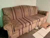 Couch - Great condition!  Montréal, H4V 2N8