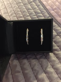 Gold Elongated Hoop Earrings (New) Livermore, 94550