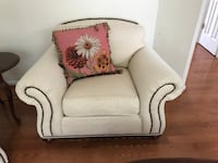 CHAIR FROM ETHAN ALLEN ASHBURN