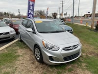 2016 Hyundai Accent SE 5-Door 6-Speed Automatic New Castle