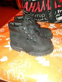 7 Toddlers Timberlands Springfield, 01109