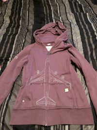 Burton take flight hoody Calgary, T3E 3R8