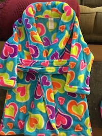 Bathrobe with Matching Slippers (Size: 4T) Ashburn, 20147