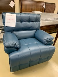 Power reclining chair with USB port real leather brand new BIG SALE  Jacksonville, 32216