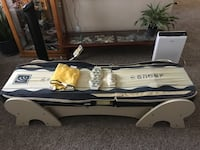 Migun massage bed in excellent condition, with 2 jade stone attachments, as well as an extra brand new upper tension. San Marcos, 92078