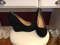 Black wedges size 8 Montréal, H9H 2N4