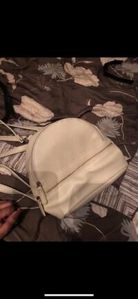 Cream Colored Bag Fort Washington, 20744