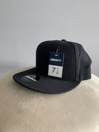 Fitted cap 7 1/4 Toronto, M6N 4X5