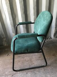 40 green velour chairs new  778 km