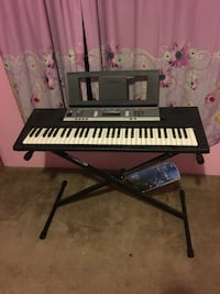 Yamaha Digital Keyboard Piano Sylvania, 30467