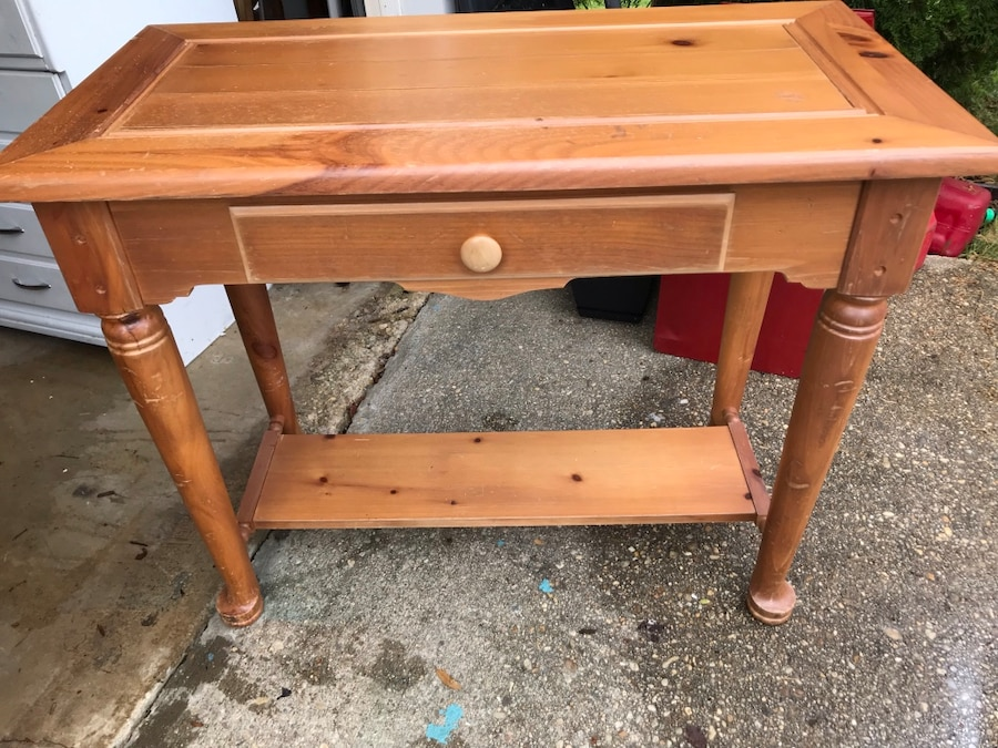 Vintage Very Nice Basset Table With Drawer