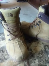 pair of brown Timberland work boots Colorado Springs, 80922