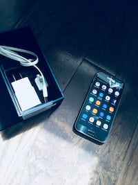 Galaxy s7 | 32 gb comes with box and charger  Montréal-Ouest, H4X 1N4