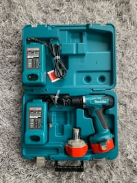 Makita drill almost new  Edmonton, T5L 5B8