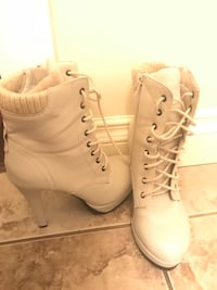Ladies high heel boots Surrey, V3W 1T4