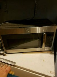 Under cabinet microwave  White Plains