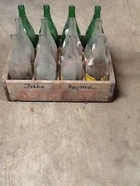 Antique wood soda crate with bottles  Dover, 17315