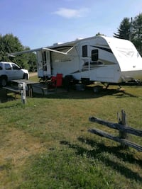 27 ft travel trailor Barrie, L4N 5A3