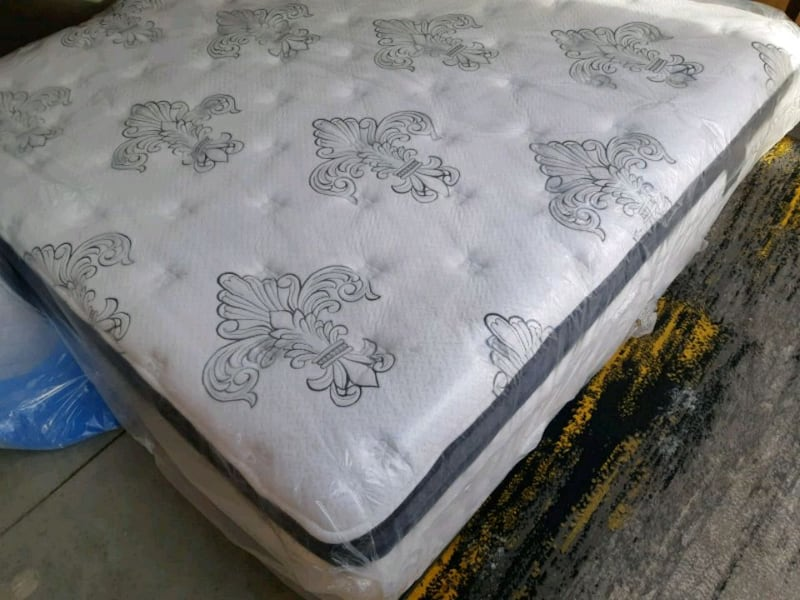 white and gray floral mattress ed3e79c0-7d45-468d-a32b-4d0edb838e78