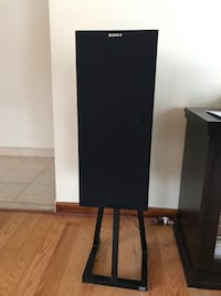 Two Sony Speakers Montreal, H3M 2X6