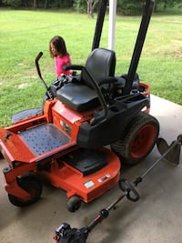 red and black zero turn mower Brandon, 39047