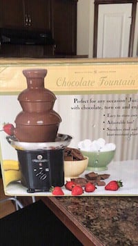 brown and black Kitchen Aid stand mixer box Calgary, T2Y 0K9