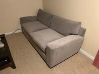 Sofa / Couch - Like New Condition King Of Prussia, 19406