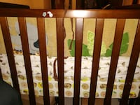 crib with free mattress and covers Minneapolis, 55435