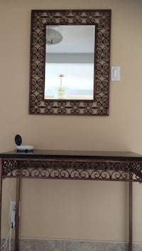 Brown and black vanity table Laval, H7E 4P2