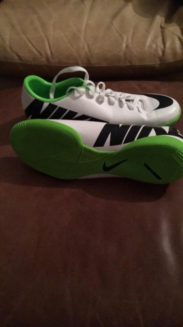 Used Nike Mercurial Indoor Soccer Shoes for sale in Dallas - letgo fca2974d567ac