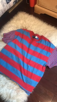 Urban outfitters shirt size L Waterloo, N2L 2W2