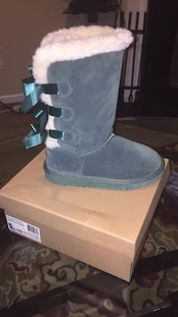Bailey Bow 3 Ugg Boots  Columbia, 29203